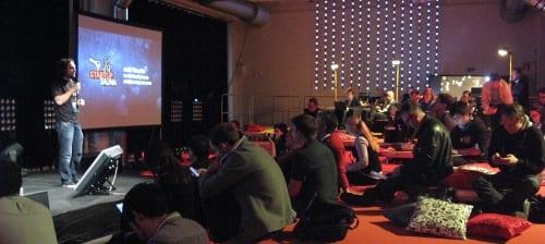https://www.maquinasvirtuales.eu/ipsoapoo/2012/12/slush12_press_event.jpg