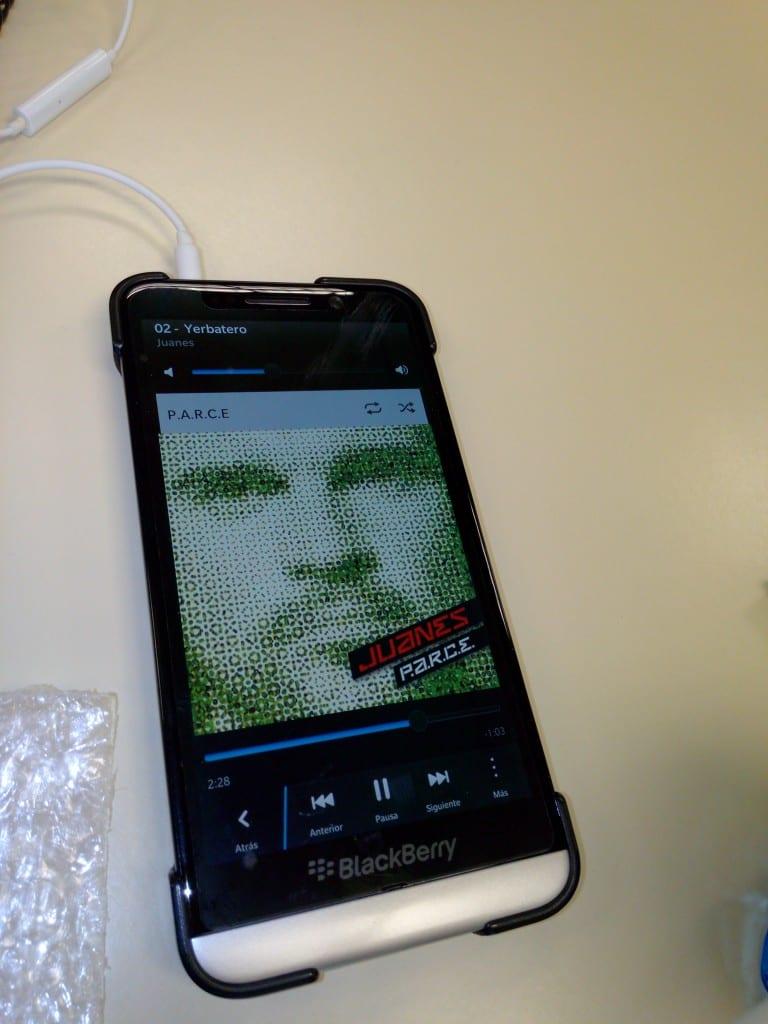 Review-teléfono-Inew-V3