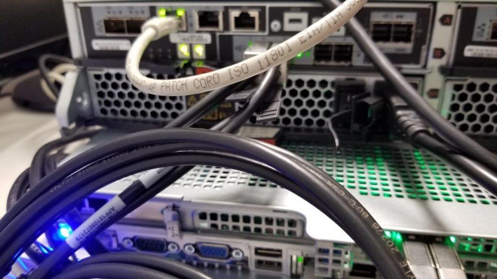 configurar-netapp-e2800a-para-vmware-1